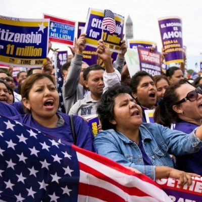 Shadow Immigration: Obama Admin Issued Extra 5.5 Million Work Permits Since 2009