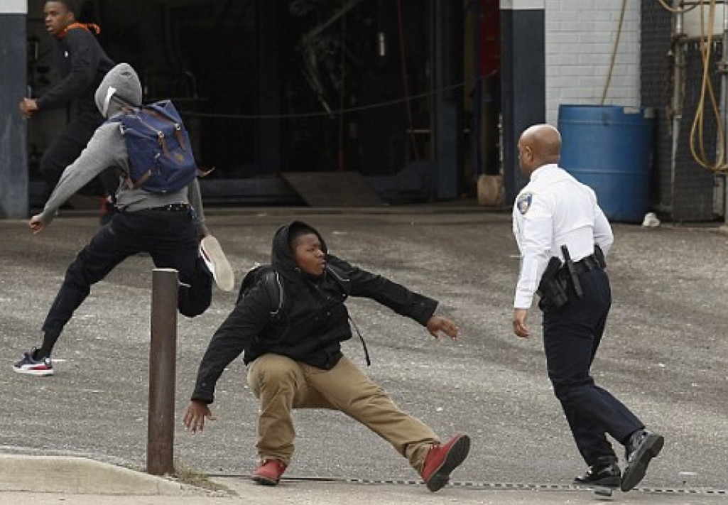 Baltimore City Police Commissioner Single-Handedly Takes Down Thug