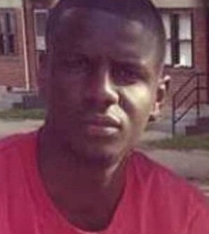 Prisoner in Police Van With Freddie Gray: He 'Was Intentionally Trying to Injure Himself'