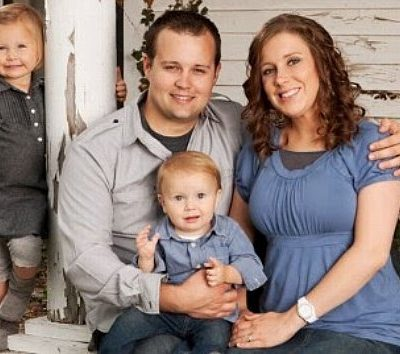 #JoshDuggar Admits to Ashley Madison Accounts and Porn Addiction