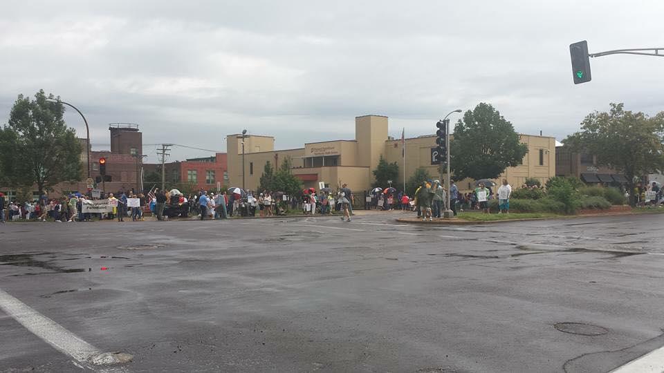#DefundPlannedParenthood: Thousands of Pro-Life Advocates Protest