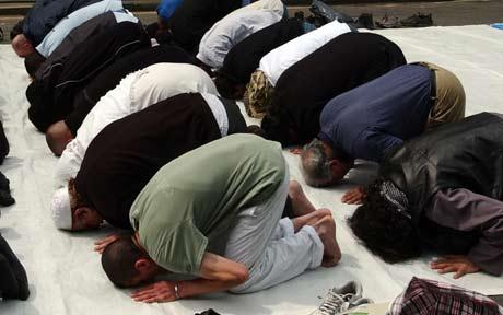 Orlando Airport to Build Separate Muslim Prayer Room