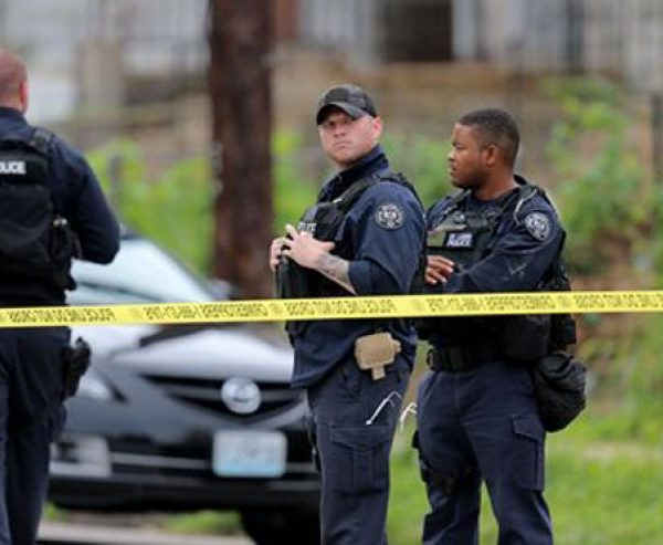 #BlackLivesMatter: Nine Arrested In St. Louis After Police Shoot Armed Teen