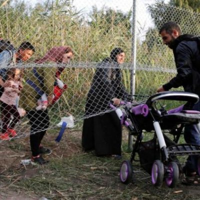 #SyrianRefugees: European Countries Reintroduce Border Control as U.S. Continues Resettling Muslims
