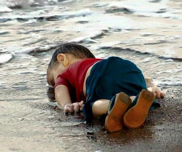 Toddler Boy's Body Washes Up on Turkish Shore (Photos, video)