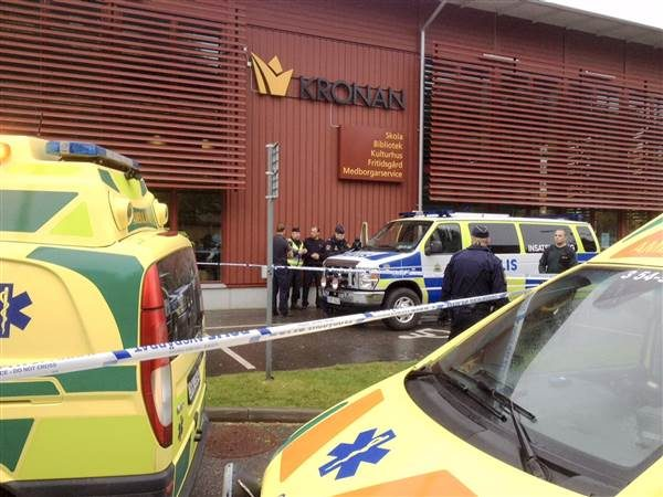 Masked Man Enters School in Sweden and Attacks Teachers and Students with Sword