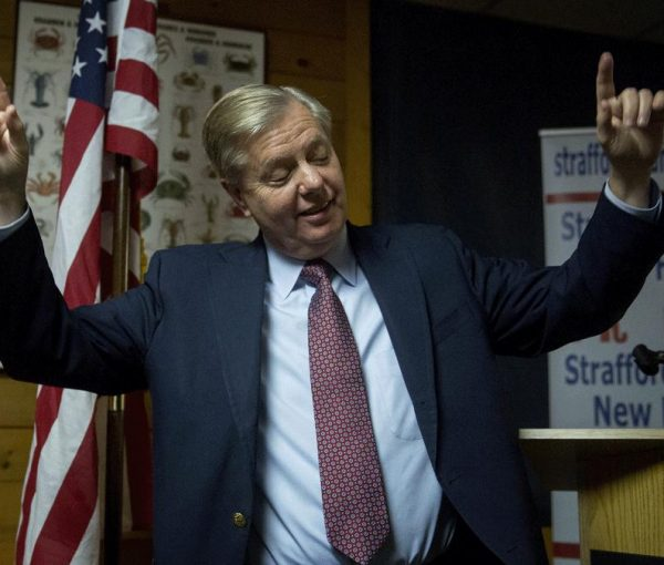 Lindsey Graham Jokes About Killing Ted Cruz [video]