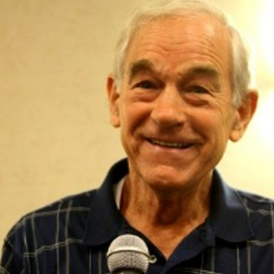 Ron Paul Disses Ted Cruz But Praises Bernie Sanders. Go Figure.