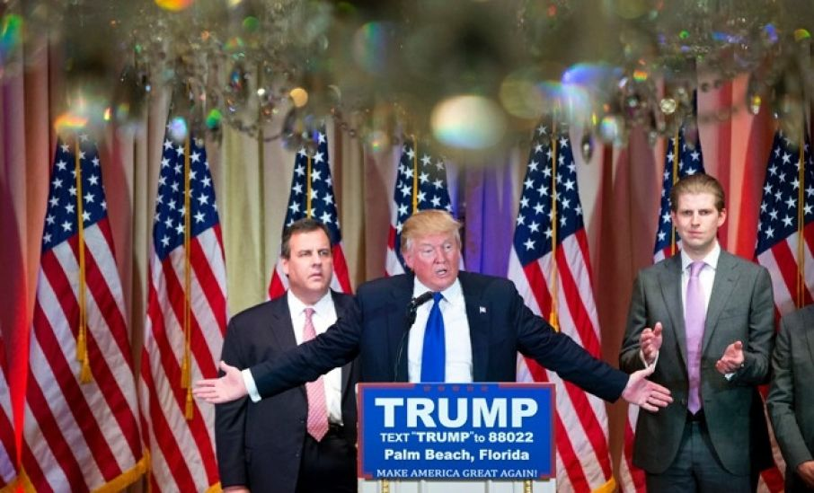 Twitter Lights Up on #SuperTuesday: A Collection of Chris Christie Tweets and Memes