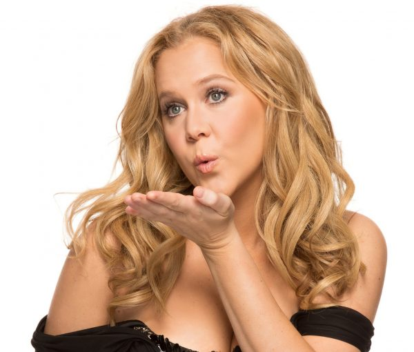 "Glamour Magazine Calls Amy Schumer ""Plus-Sized"" and She is Not Impressed"