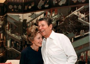 2935016-former-u-s-president-ronald-reagan-and-first-lady-nancy.jpg.CROP.promo-xlarge2