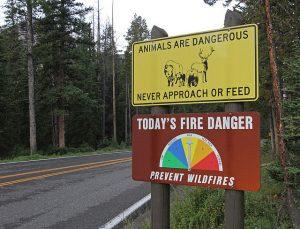 Yellowstone-Sign