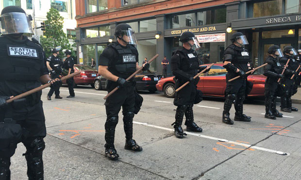 Seattle Police on May Day 2016 (photo: Richard Oxley, KIRO Radio)