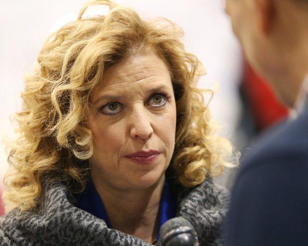 #DNCLeak: Debbie Wasserman Schultz Forced To Resign As DNC Chair [VIDEO]