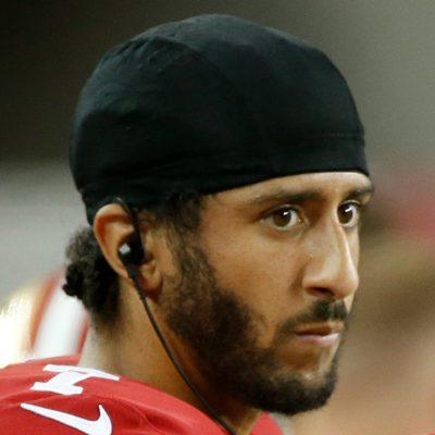 Colin Kaepernick: Black Lives Matter Fan And Convert To Islam? [VIDEOS]