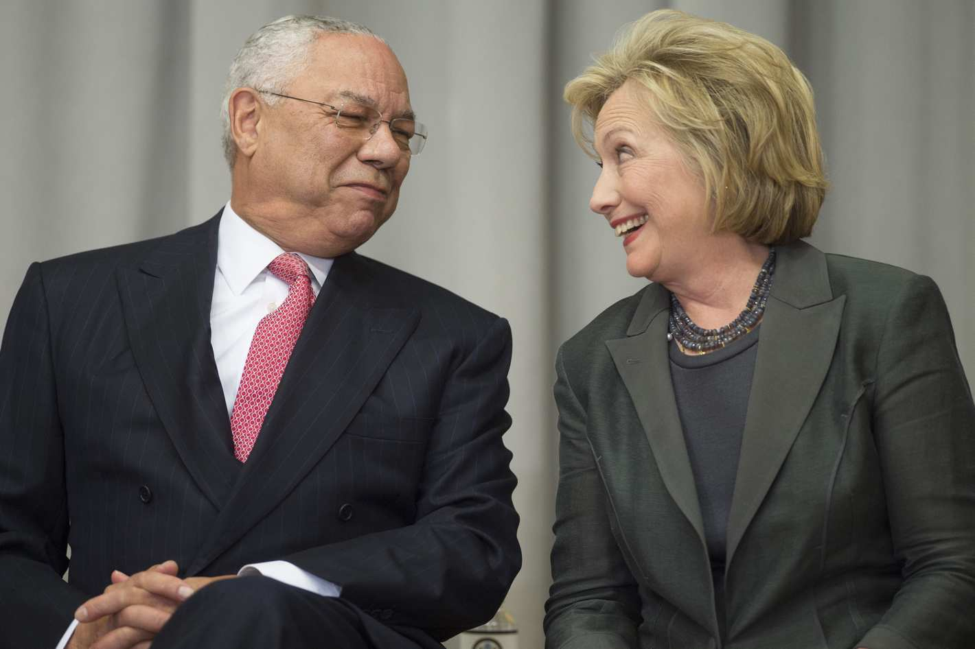 Gen. Colin Powell Refuses to Be Thrown Under Hillary's Bus [VIDEO]