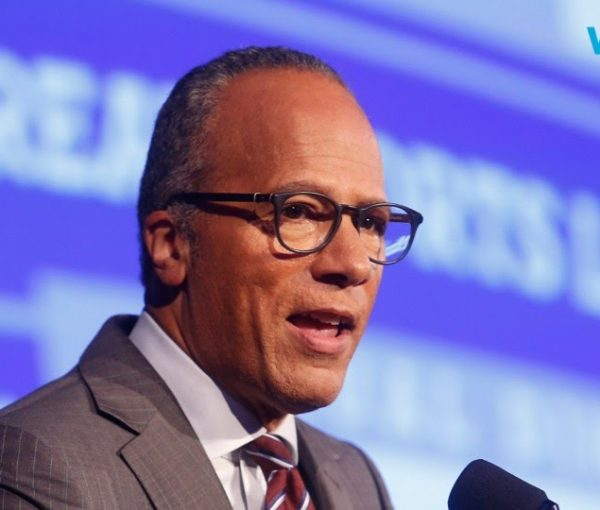 #DebateNight: Moderator Lester Holt Seems Kind of Overwhelmed [VIDEO]