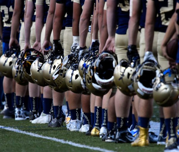 Seattle's Garfield HS Kneels During Anthem While Legacy HS Faces Tragedy And Stands Strong [VIDEOS]