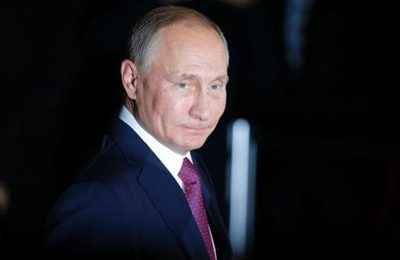 Putin sends warships to Aleppo to end the war in Syria
