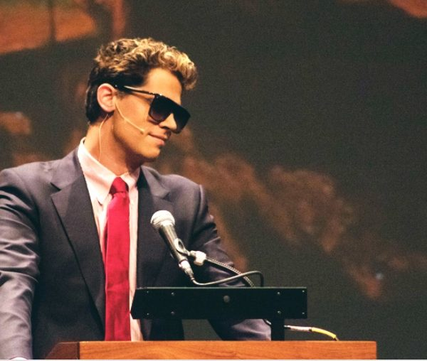 "Defiant Milo Yiannopoulos Apologizes For ""Misspoken"" Comments, Vows to Carry On [VIDEO]"