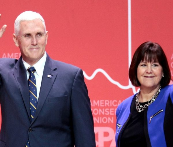 Liberals Fail Reading Comprehension, Keep Beating Pence Story [VIDEO]