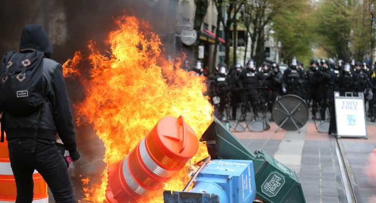 "Media Defines Violent #MayDay2017 And #MayDayPDX Protests As ""Peaceful"" [VIDEO]"