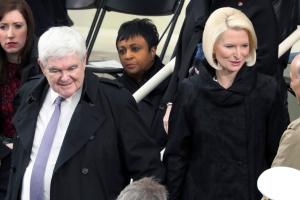 Newt Gingrich: shut down the press room