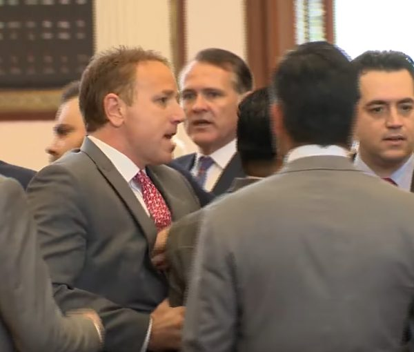 "Texas Lawmakers Scuffle After GOP Rep Calls ICE On ""Sanctuary City Law"" Protesters [VIDEO]"