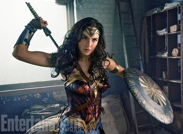 Man Buys Movie Ticket To Women-Only Screening Of Wonder Woman, Internet Flips It's Wig [VIDEO]