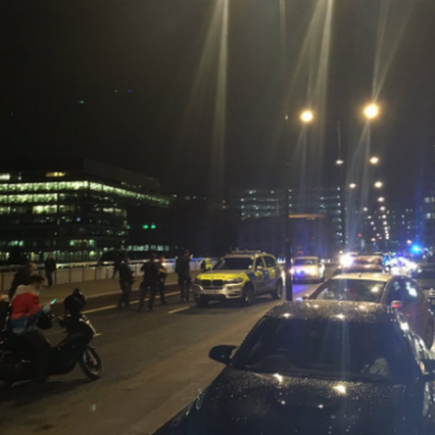 Van Plows Into Fifteen to Twenty People On #LondonBridge  [VIDEO]