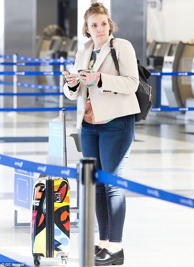 "Lena Dunham's Warning to Airline Employees and Travelers: ""I Hear and See All"""