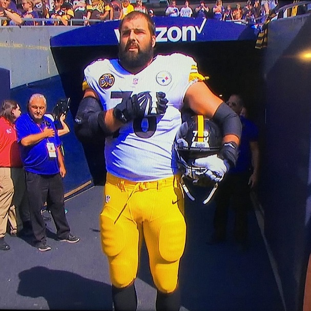 Steelers Player And Army Veteran Alejandro Villanueva Stands Alone For The National Anthem [VIDEO]