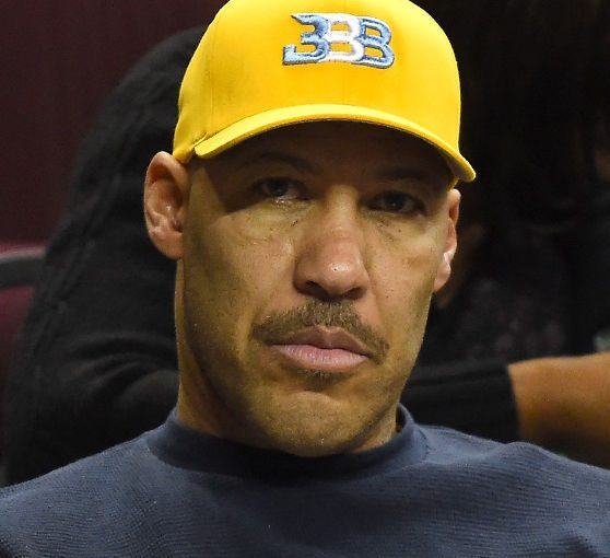 Angry Trump Tweets, LaVar Ball and Shoplifting Kids With No Boundaries
