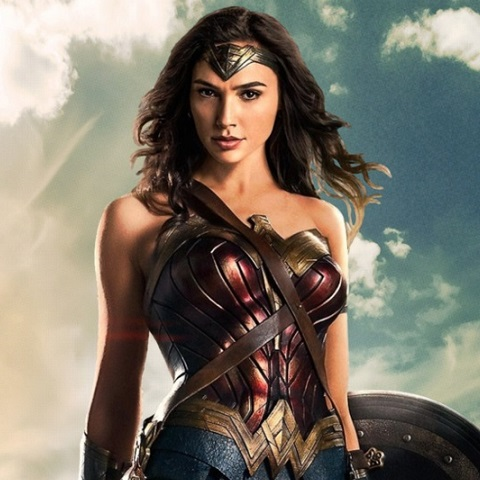 Wonder Woman Uses Power For Good, Reportedly Wants Producer Out [VIDEO]