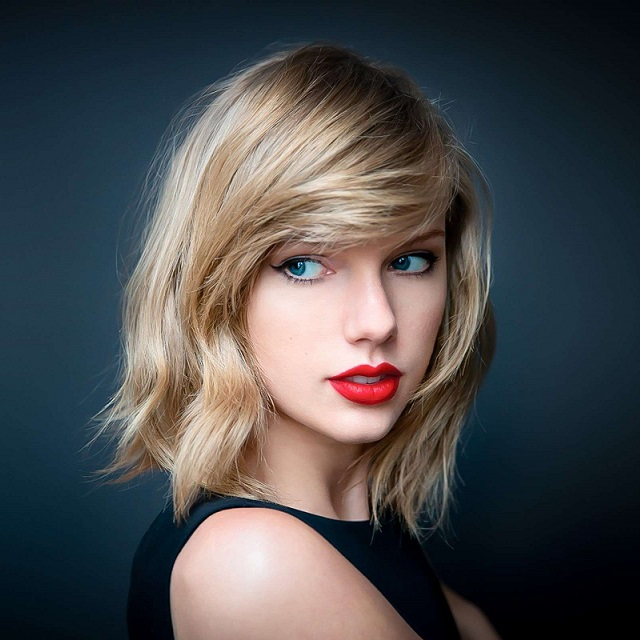 Taylor Swift, The ACLU, And The Unsubtle Pressure To Join The Resistance [VIDEO]