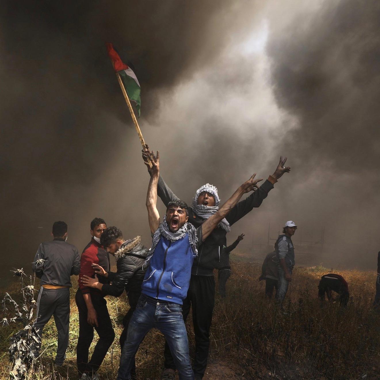 Peaceful Palestinians Deploy Molotov Kites At Gaza Strip, IDF Responds [VIDEO]