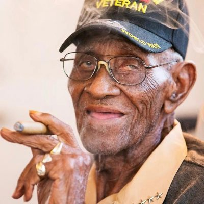 Outpouring Of Support After Identity Thieves Drain WWII Vet Richard Overton's Bank Account [VIDEO]