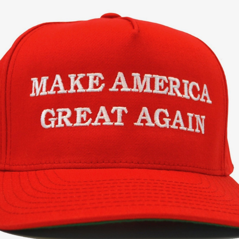 Newseum Selling 'Fake News' Shirts And 'MAGA' Hats, Media Whines [VIDEO]