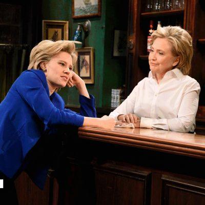 Hillary Mocks Trump on SNL