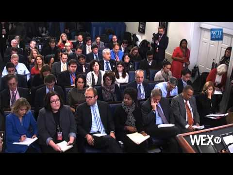 Obama Hosts Democrat-Only Dinner Ahead of Speech