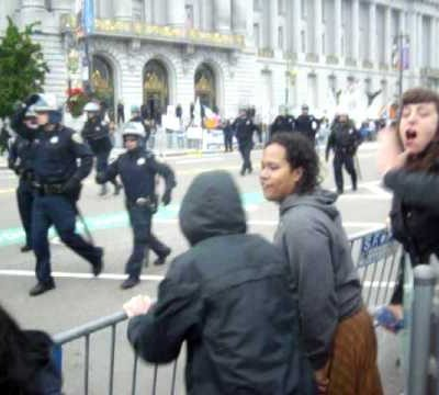 "San Fran Freak Show: Peace thugs shouting to ""kill the police!"""