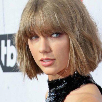 Taylor Swift Breaks Apolitical Silence