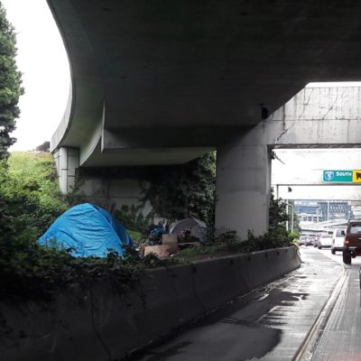 Tents and Teslas: The Seattle Zombie Apocalypse