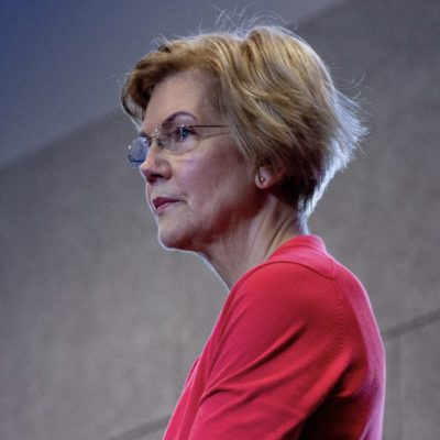 Warren's College Debt Plan Meets Realty in Iowa