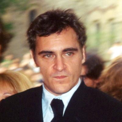 Actor To Wear Same Tuxedo For Entire Awards' Season