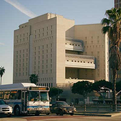 Prisoners Filmed Infecting Themselves in Los Angeles