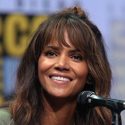 Halle Berry Apologizes for Being An Actress