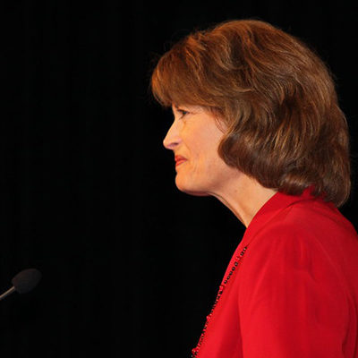 Murkowski Finally Gives Thumbs Up to Barrett